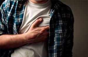 Названо популярні продукти, які можуть призвести до серцевого нападу
