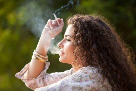 Жінкам важче кинути курити