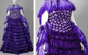 Ось така вишукана сукня зроблена з... презервативів