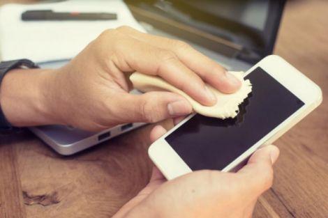 Бактерії на смартфонах