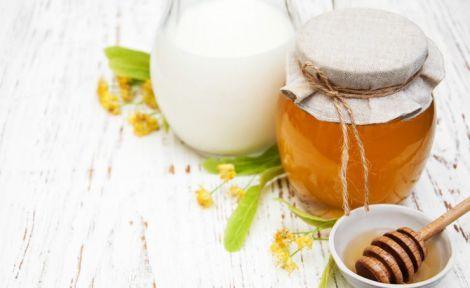 Користь меду з молоком сумнівна