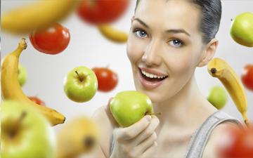 фрукти також є смачним і корисним перекусом