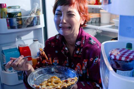Нічні перекуси шкодять здоров'ю