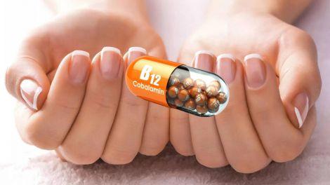 Ознака дефіциту вітаміну B12: симптом на нігтях попередить про небезпечний стан