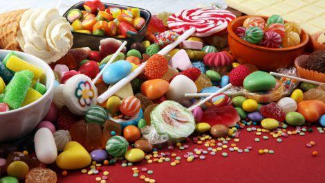 Лікар розповіла про шкоду бажання солодко і жирно поїсти