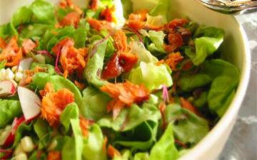 Найкращі низькокалорійні салати на літо