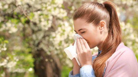 Що не можна робити алергікам при зараженні коронавірусом, пояснив лікар