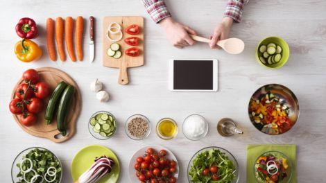 Які продукти не варто вживати влітку?