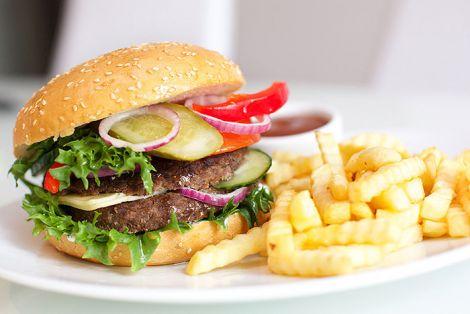 Продукти, які провокують серцеві напади