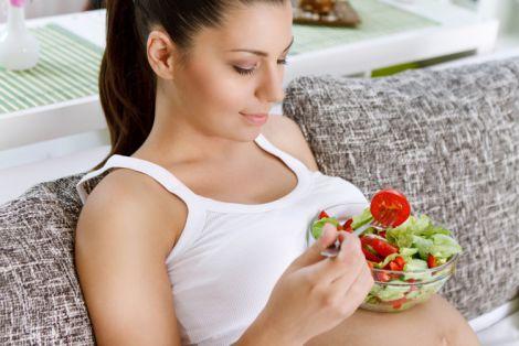 Небезпечні продукти для вагітних жінок