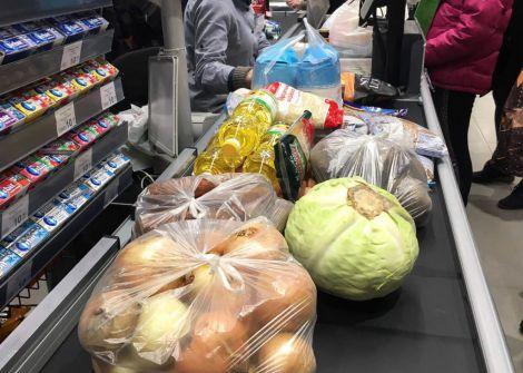 В італійців не вистачає грошей на продукти?