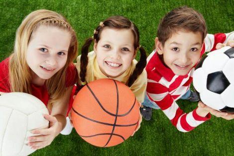 Щасливі спортивні діти