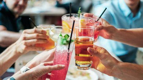 Алкоголь впливає на зовнішній вигляд чоловіків  та жінок