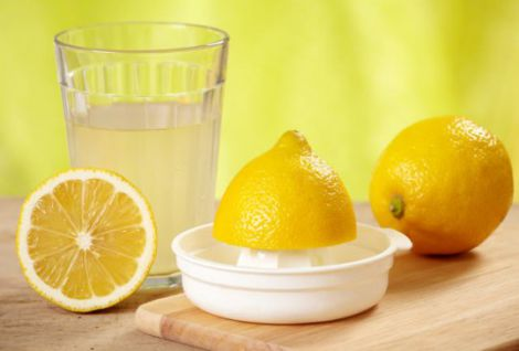 Лимонна детокс-вода для схуднення