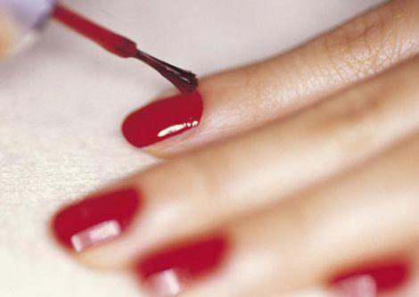 Гель-лак викликає рак шкіри