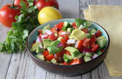 Простий салат з авокадо (РЕЦЕПТ)