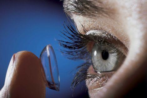 Обираємо контактні лінзи