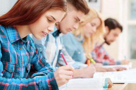 Нічна підготовка до іспитів