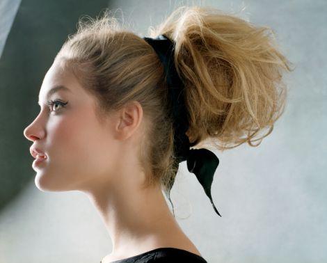 Легкі та елегантні зачіски
