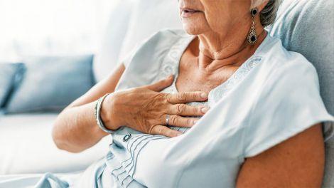 Зупинка серця: чому до цього більше схильні жінки?