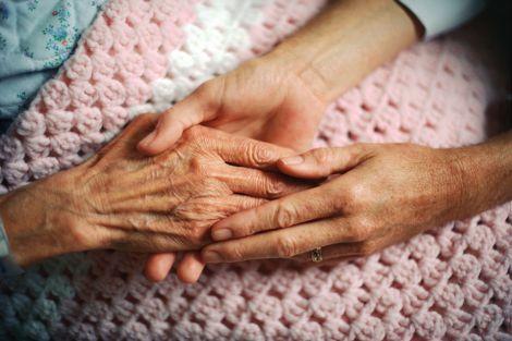 Про які хвороби свідчить тремтіння рук