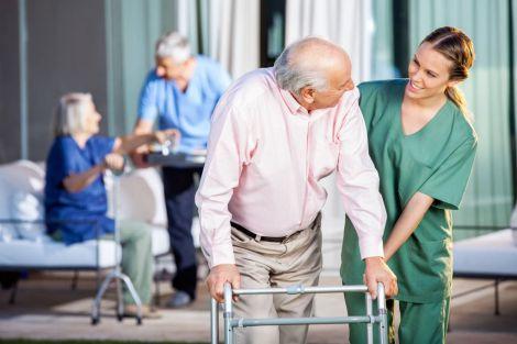Переваги приватних пансіонатів для престарілих