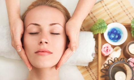 Домашній масаж обличчя (ВІДЕО)