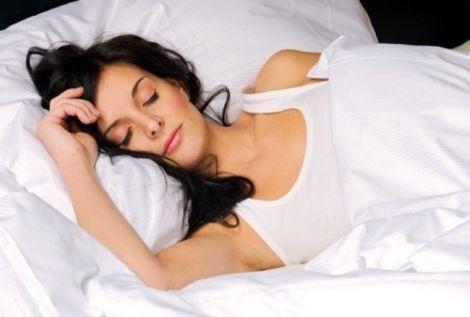 Денний сон зберігає пружність шкіри
