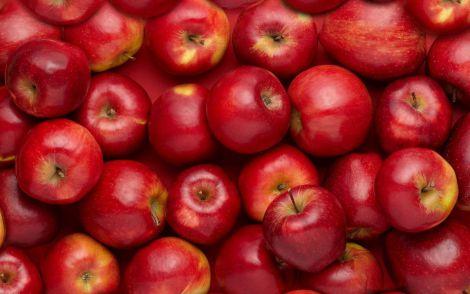 Лікарі розповіли, як треба зберігати і їсти яблука, щоб отримати більше користі