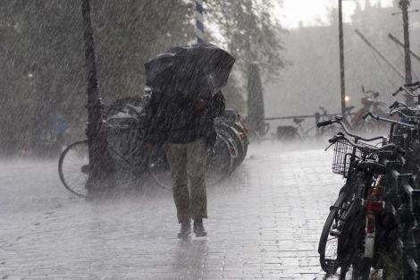 Як похмура погода впливає на психіку?