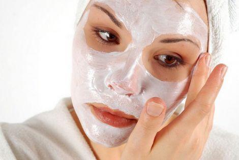 Кефірна маска