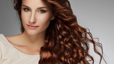 Як вибрати шампунь, щоб не зашкодити волоссю