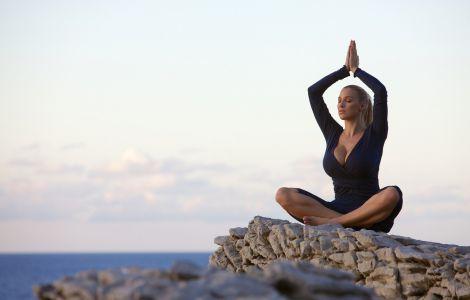 Як продовжити життя за допомогою музики і йоги