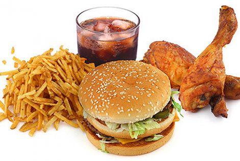 Фаст-фуд призводить до ожиріння