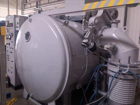 Вакуумная установка на производстве