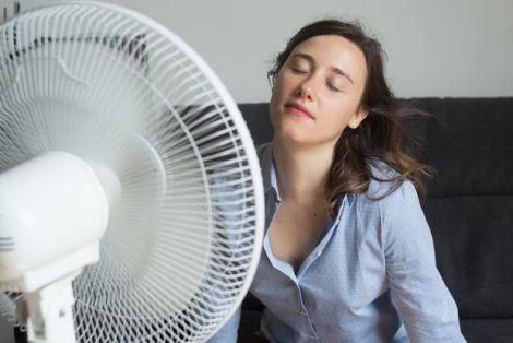Спати з ввімненим вентилятором шкідливо