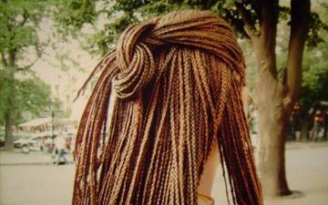 косички можуть нашкодити волоссю на шкірі голови