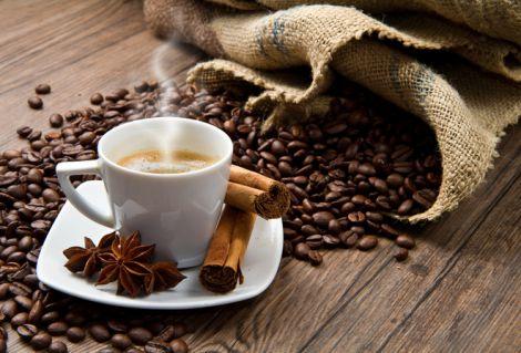Шкідливий кофеїн викликає залежність