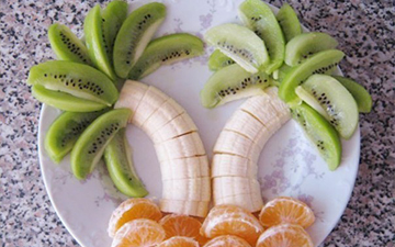 оригінальна подача фруктів