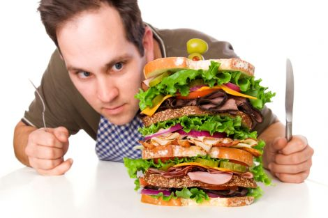 Курці часто страждають від підвищеного апетиту