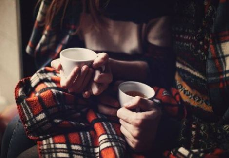 Під чак застуд не можна пити гарячі напої