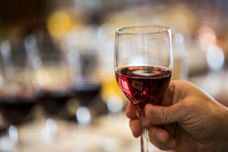 Алкоголь не збільшує ризик виникнення інсульту