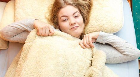 Дієвий засіб від стресу - важка ковдра