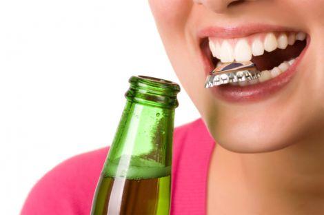 Відновлюємо зубну емаль