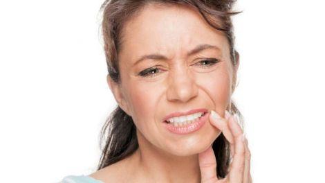 Лікування болю в яснах