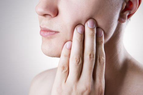 Хвороби ясен та рак печінки