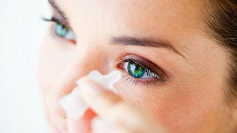 Лікування сліпоти новим клеєм