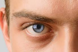 Імплант, який поверне зір сліпим людям