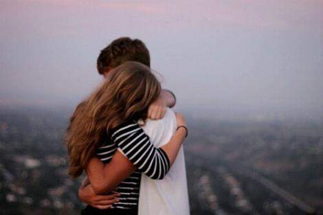 Даруйте теплі обійми