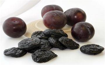Чорнослив - найкращий фрукт для кісток